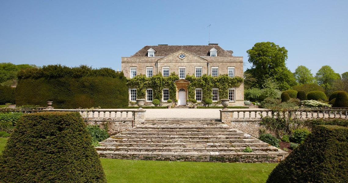 Cornwell Manor House