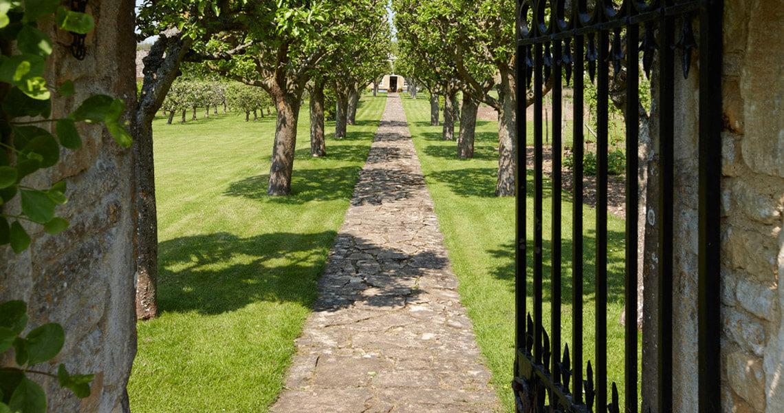 Cornwell Manor Garden