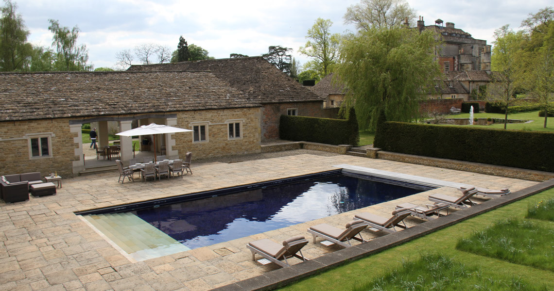 Langley Park swimming pool